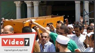 بالفيديو.. تشيع جثمان شيخ عموم المقارئ المصرية من الأزهر الشريف