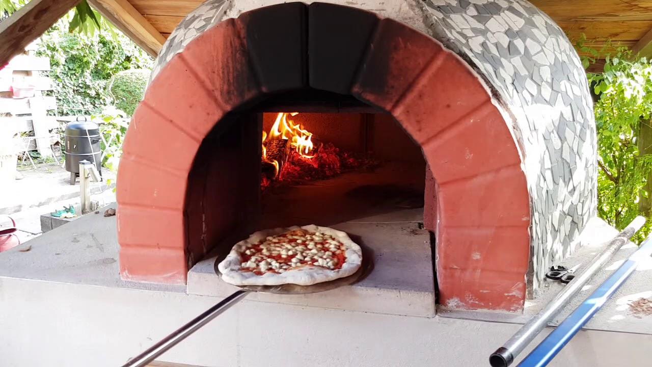 Pizza Oven Tuin : Pizza oven in de tuin youtube