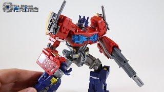 MakeToys Cross Dimension Striker Manus - Optimus Prime - Review