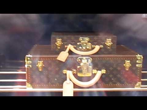 NEW Louis Vuitton Maison Store - Bloor St Toronto