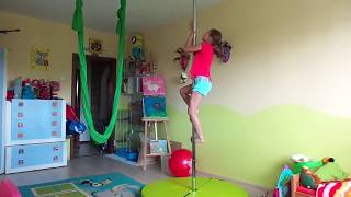 Pole Dance For Beginners: Learning Basic Pole Dancing Moves - Hanging Upside Down