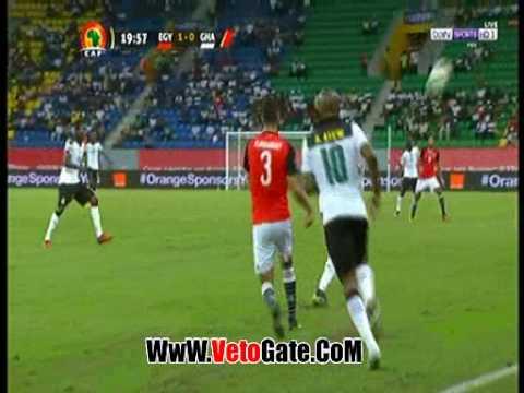 """""""المحمدى"""" يبدع بكوبرى جديد فى لاعب غانا"""