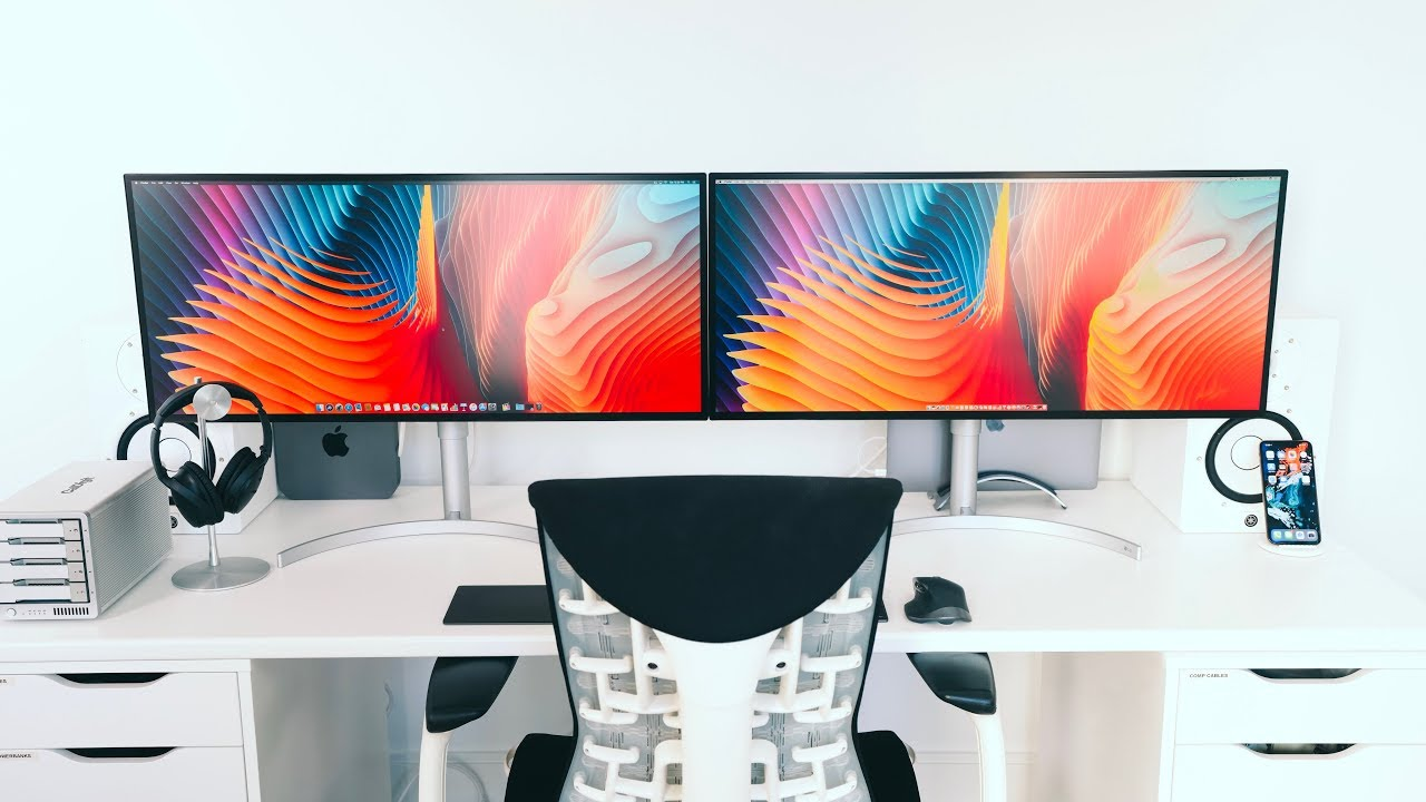 - The BEST Dual Monitor Desk Setup - 2019 EDITION! - YouTube