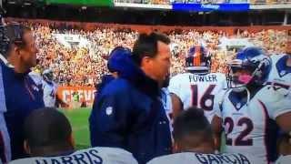 Gary Kubiak yelling at his offense