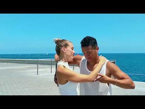 Señorita Bachata Remix - Dj Tronky / Judit  & Yexy Jr. Bachata Dance