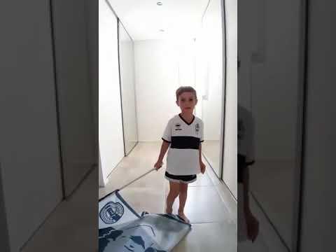 Diego cumplió el deseo que un nene le pidió a Papá Noel