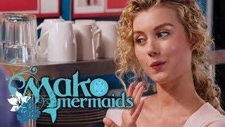 Ondina's struggle at work! Special Video | Mako Mermaids