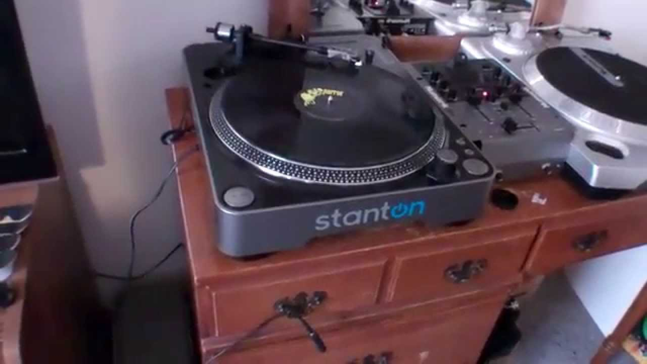& New Turntables Set Up. Stanton T.62 Turntable From Amazon. - YouTube