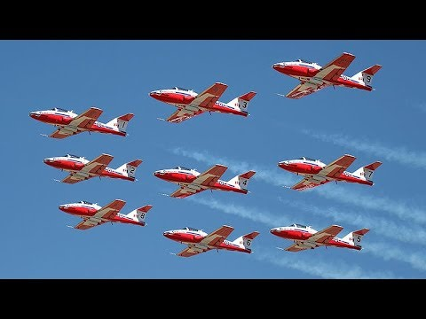 68th Canadian International Air Show thrilling crowds at CNE