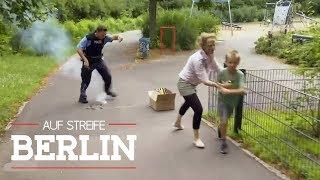Kisten voller verbotener Böller: Max (9) in großer Gefahr! | Auf Streife - Berlin | SAT.1 TV