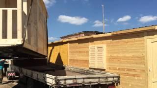 Загрузка бытовки(Производим и продаём дачные деревянные бытовки. Используем качественный материал. Посмотрите наш сайт:..., 2015-07-25T15:29:31.000Z)
