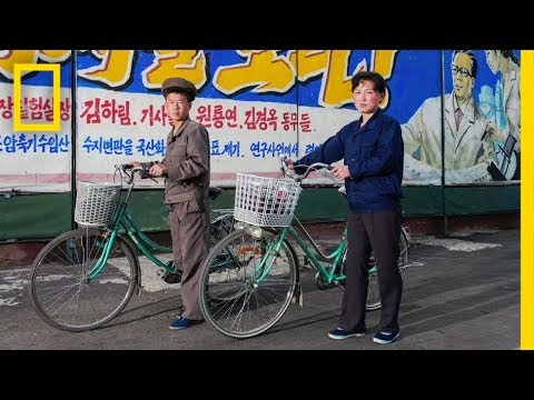 North Korea in 3D: See Rare Photos of People in the Secret S