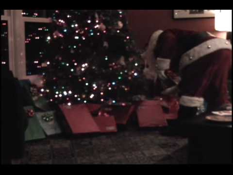 real santa caught on tape - YouTube - 11.6KB