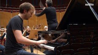 Grieg Piano Concerto - Herbert Schuch, piano - WDR Sinfonieorchester Köln & Eivind Aadland