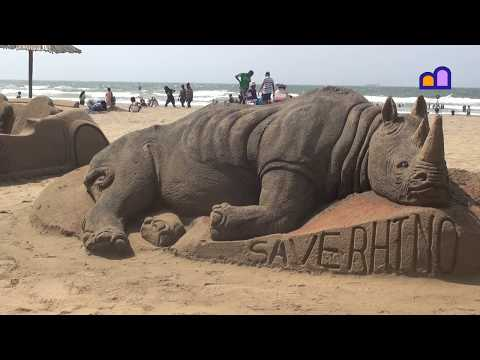 South Africa - Durban - Sand sculptures, botanic garden