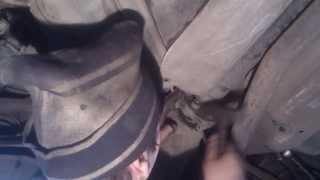 Замена подвесного подшипника на ам Мерседес С200(, 2013-12-25T01:32:54.000Z)