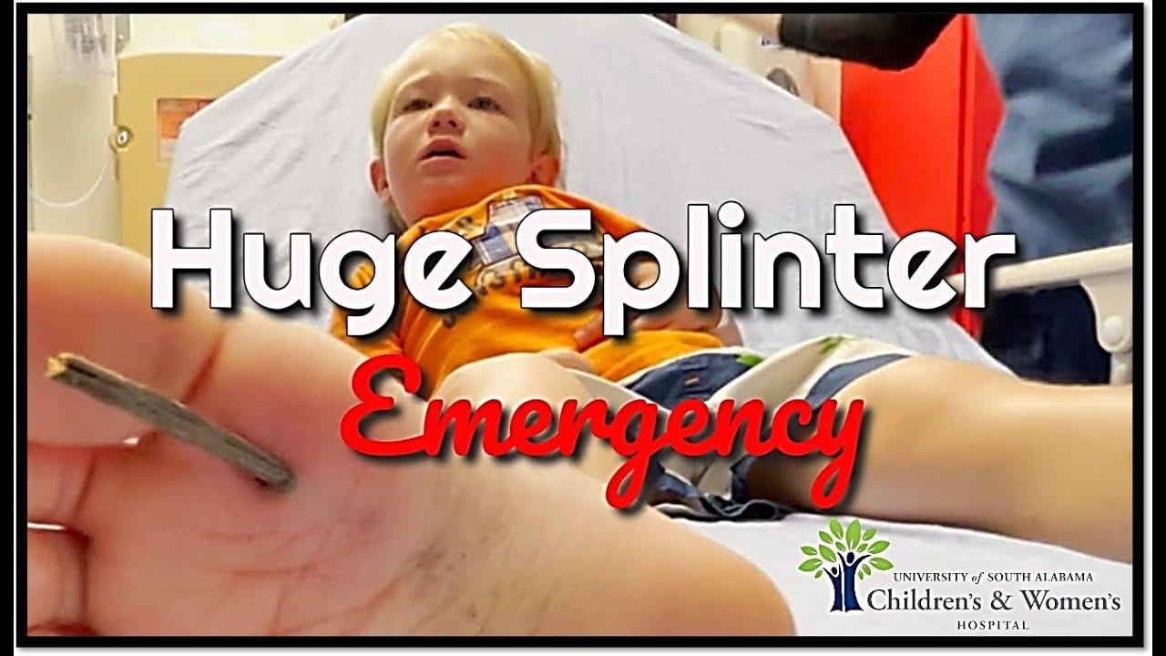 Download Huge Splinter Stuck in Toddler's Foot