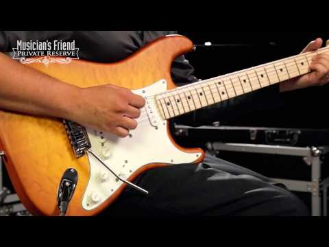 Fender Custom Shop Custom Deluxe Stratocaster Electric Guitar with Maple Fingerboard