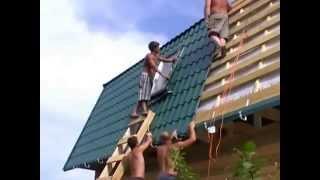 Строительство дома из бруса(Заказать постройку деревянного дома из профилированного бруса вы можете нашем сайте: http://fr-dom.justclick.ru/brus..., 2013-08-14T12:54:56.000Z)