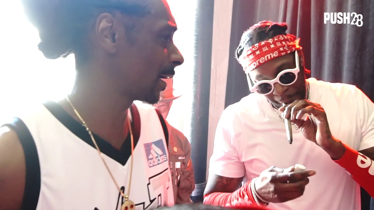 Snoop Dogg vs. 2Chainz Face Off in L.A.
