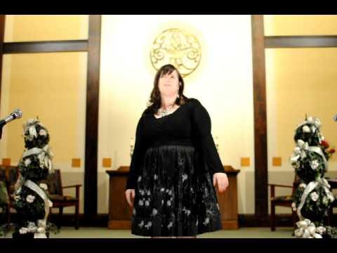 Es lebt eine Vilja Franz Lehar sung by Kelly Sandifer, mezzo soprano