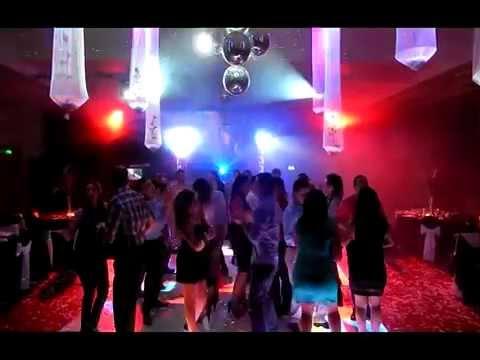 JFK Producciones : Fiesta Empresa con Robots Led