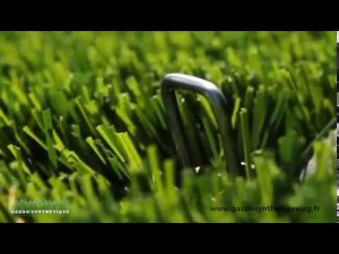 comment ancrer une agrafe dans le gazon synthétique ? - youtube