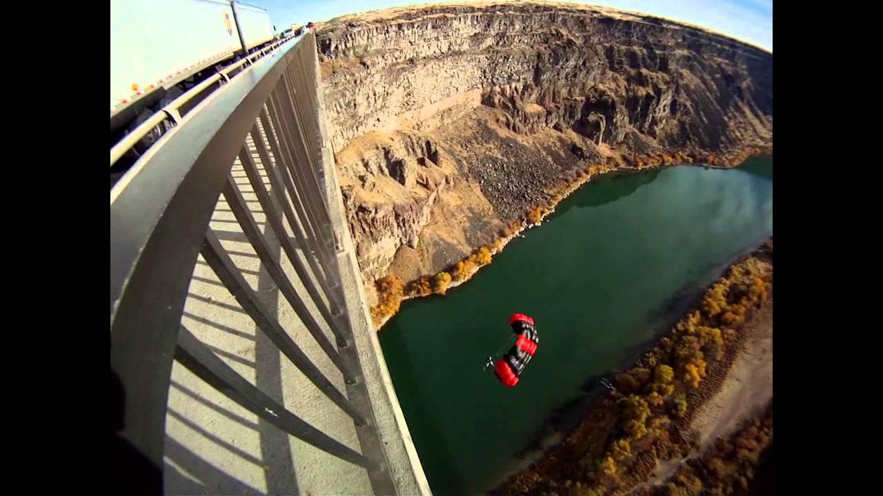 Base Jump The Perrine Bridge Twin Falls Idaho Youtube