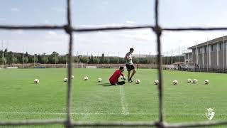 Sergio Herrera ha realizado ejercicios sobre el campo por primera vez tras su lesión.