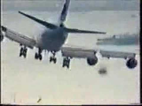 Crazy Airplane Landings Airplanes Funny And Crazy