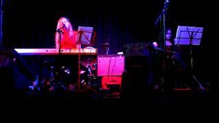 "Daisy Chapman performing Nick Cave's ""Hallelujah"" with Charlotte Nicholls"