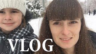 ВЛОГ Снег в Краснодаре / Моя косметика/ Идем на прививку от гриппа/ Правильное питание VLOG(, 2016-12-02T12:17:56.000Z)