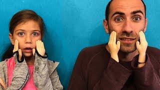 პატარა ხელების ჩელენჯი ????✋ ემილია მამიკოსთან ერთად პატარა ხელებით ცდილობენ საჭმლის ჭამას