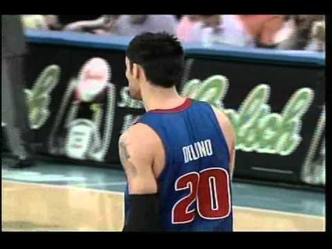 Carlos Delfino Dunks On Eddy Curry Plus Foul 04-09-2007