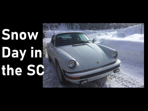 Porsche 911 SC Snow Day