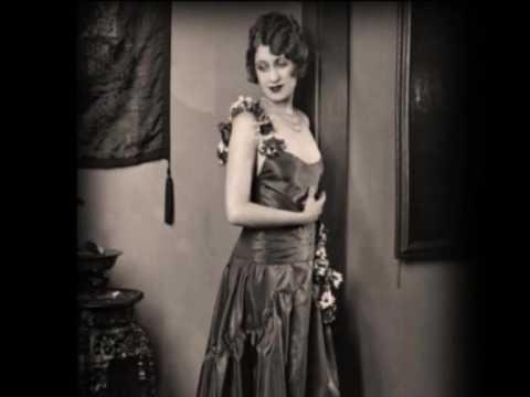 Ruth Etting - The kiss waltz (1930)