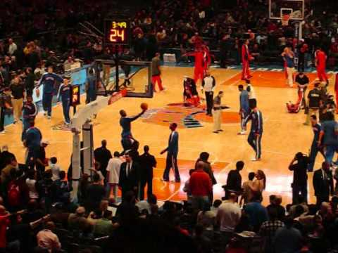 The New York Knicks 2010-2011 Home Opener Warm Up Highlights