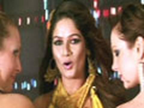 Ishq Vishq - Sanjay Narvekar, Reshma Tipnis - Be Dune Saade Chaar