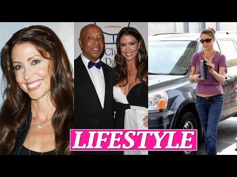 Shannon Elizabeth Lifestyle, Net Worth, Husband, Boyfriends, Age, Biography, Family, Car, Facts !