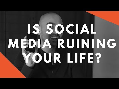 Why You Should GET OFF Social Media and Start Living Your Li