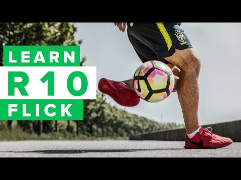 Learn THAT Ronaldinho roll-back flick | R10 football skills