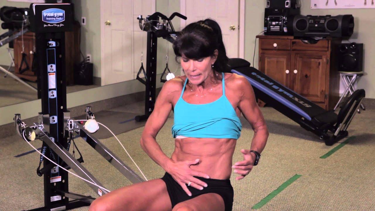 Ab workouts at gym woman