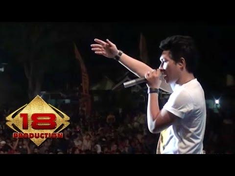 Armada - Mau Dibawa Kemana   (Live Konser Ciparay Bogor 23 November 2013)