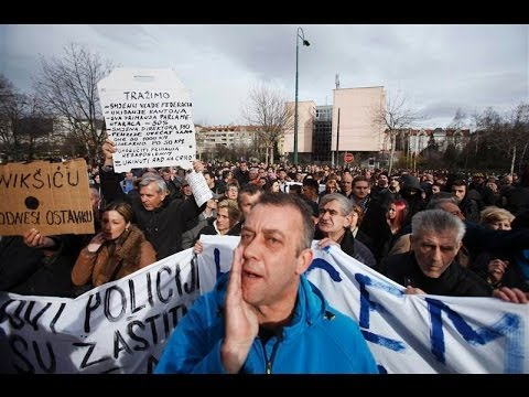 Social Uprising in BOSNIA - Protesters Want New Government