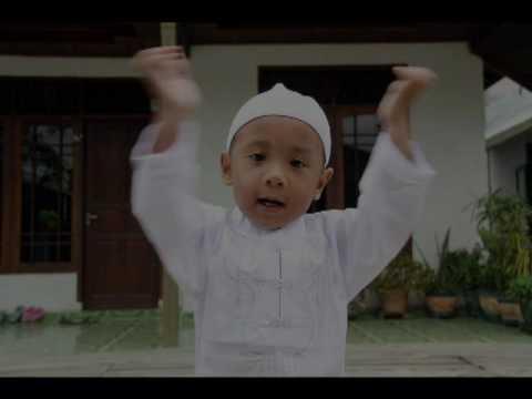 Cinta Rosul Yaa Thoybah oleh Haddad Alwi & Sulis Video Klip: Hasan&Husein