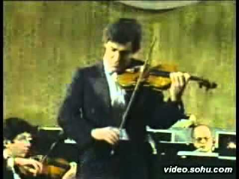 Pinchas Zukerman Plays Beethoven's Violin Concerto 1st Mov( Part 1)