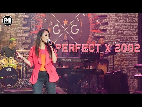 Eleena Harris - PERFECT x 2002 (MASHUP COVER) | LIVE @ GIG RTM