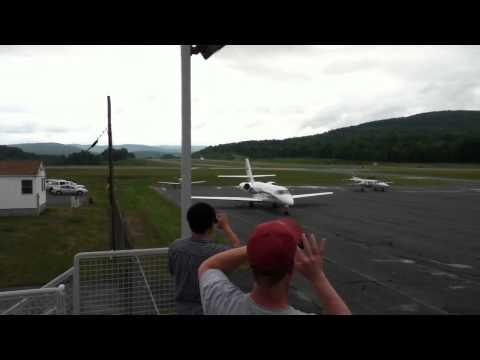 Bombardier challenger 604 takeoff lebanon nh