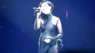 楊千嬅 - 可惜我是水瓶座+勇 14.2.2012 黃偉文作品展 Concert YY