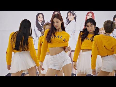 [4K] [180121] 모모랜드 MOMOLAND (연우 Yeonwoo) - 뿜뿜 BBoom BBoom (영등포 타임스퀘어 팬사인회) 직캠/Fancam By PIERCE
